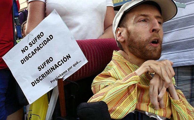 Francisco Guzman en una marcha